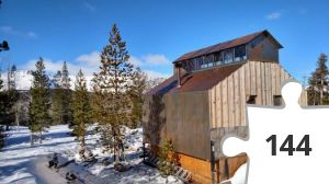 Jigsaw puzzle - Lone Wolf Hut. At Three Sisters Backcountry skiing
